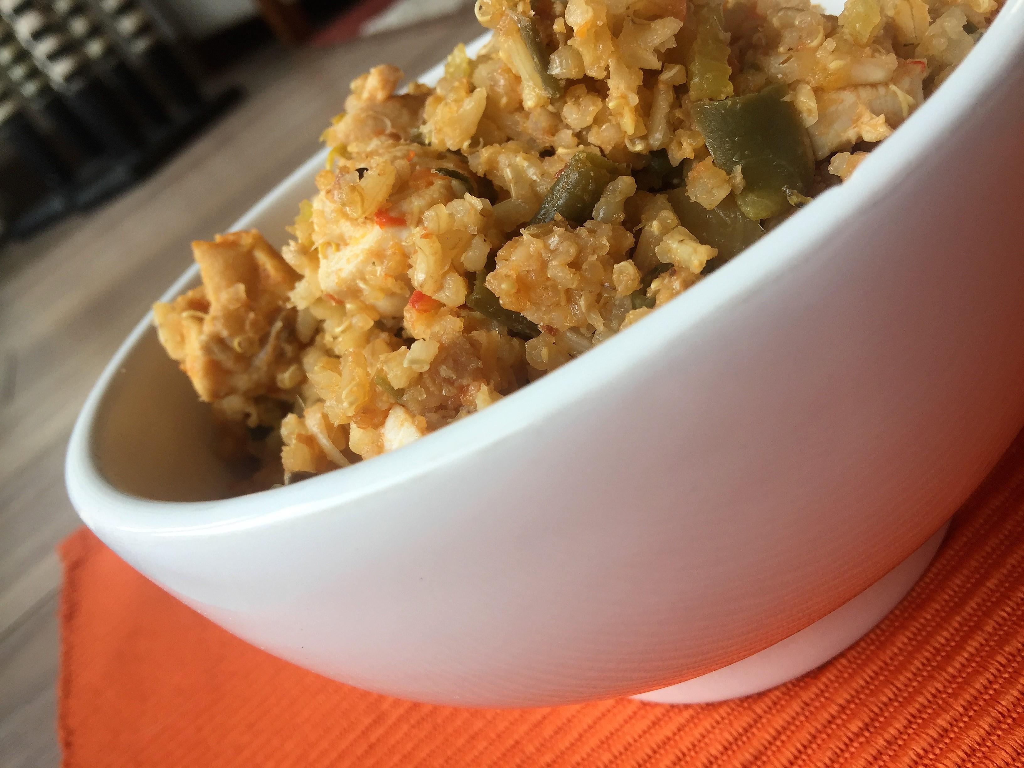 Quinua con pollo o tofu y vegetales mejor real que perfecto for Cocinar quinoa con pollo